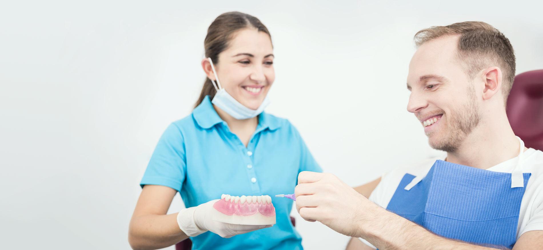 Zahnarztpraxis Wünsch – Stuttgart - Prophylaxe – PZR (Professionelle Zahnreinigung) 1