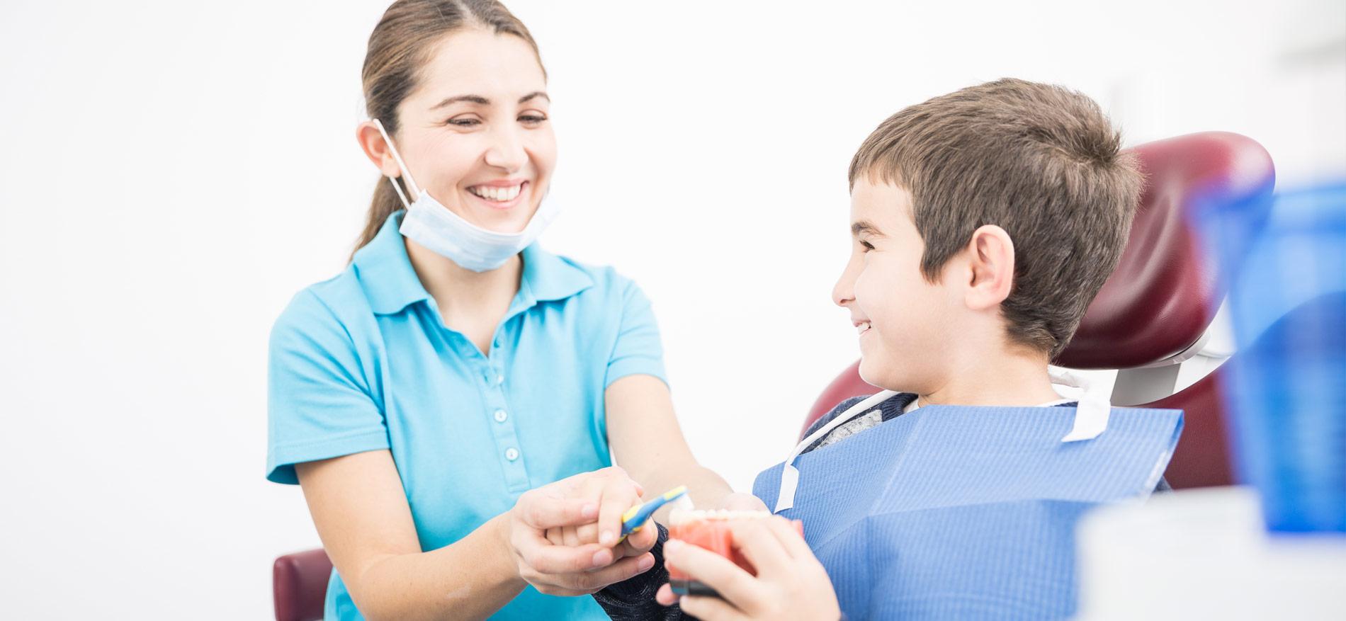 Zahnarztpraxis Wünsch – Stuttgart - Kinderzahnheilkunde 1
